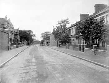 Heavitree Road c.1905. Photo: Greenwich                           Heritage Centre